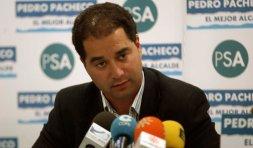 El concejal Raúl Ramírez (PSA) dice que también se aplicaría a los ediles de la oposición. / T. S.