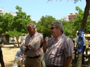 Justo Delgado, teniente de alcalde de Santiponce, y José Antonio Pino en un momento del acto